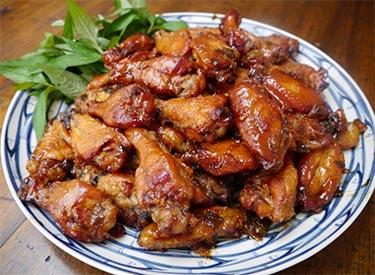 girl-asian-caramel-sauce